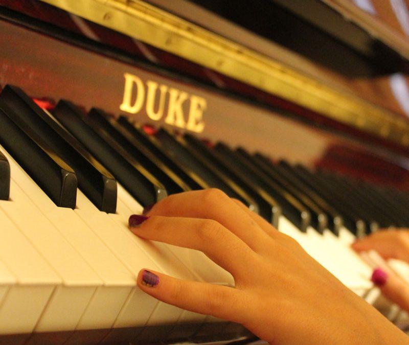 اموزش-پیانو-در-کرج