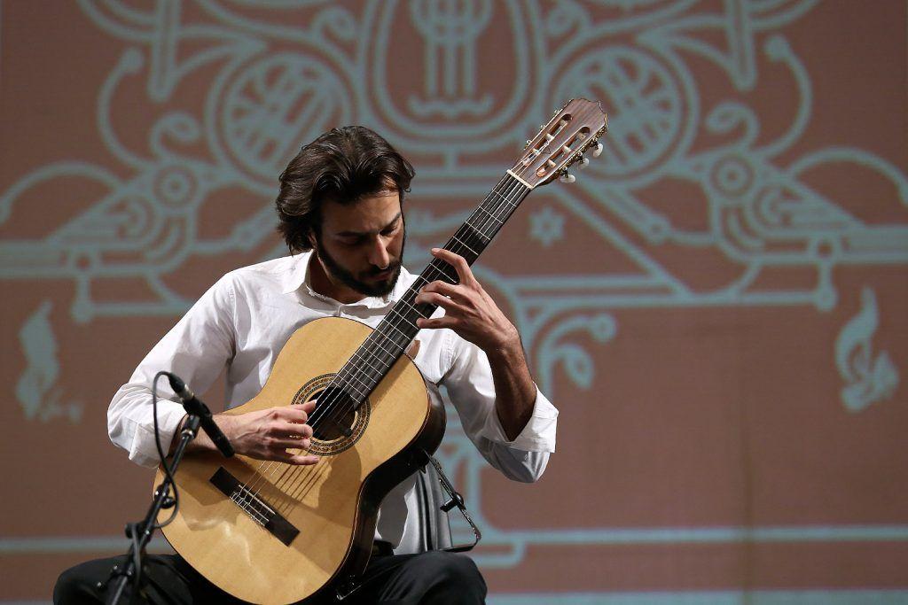 محمدرضا-سیدی-استاد گیتار